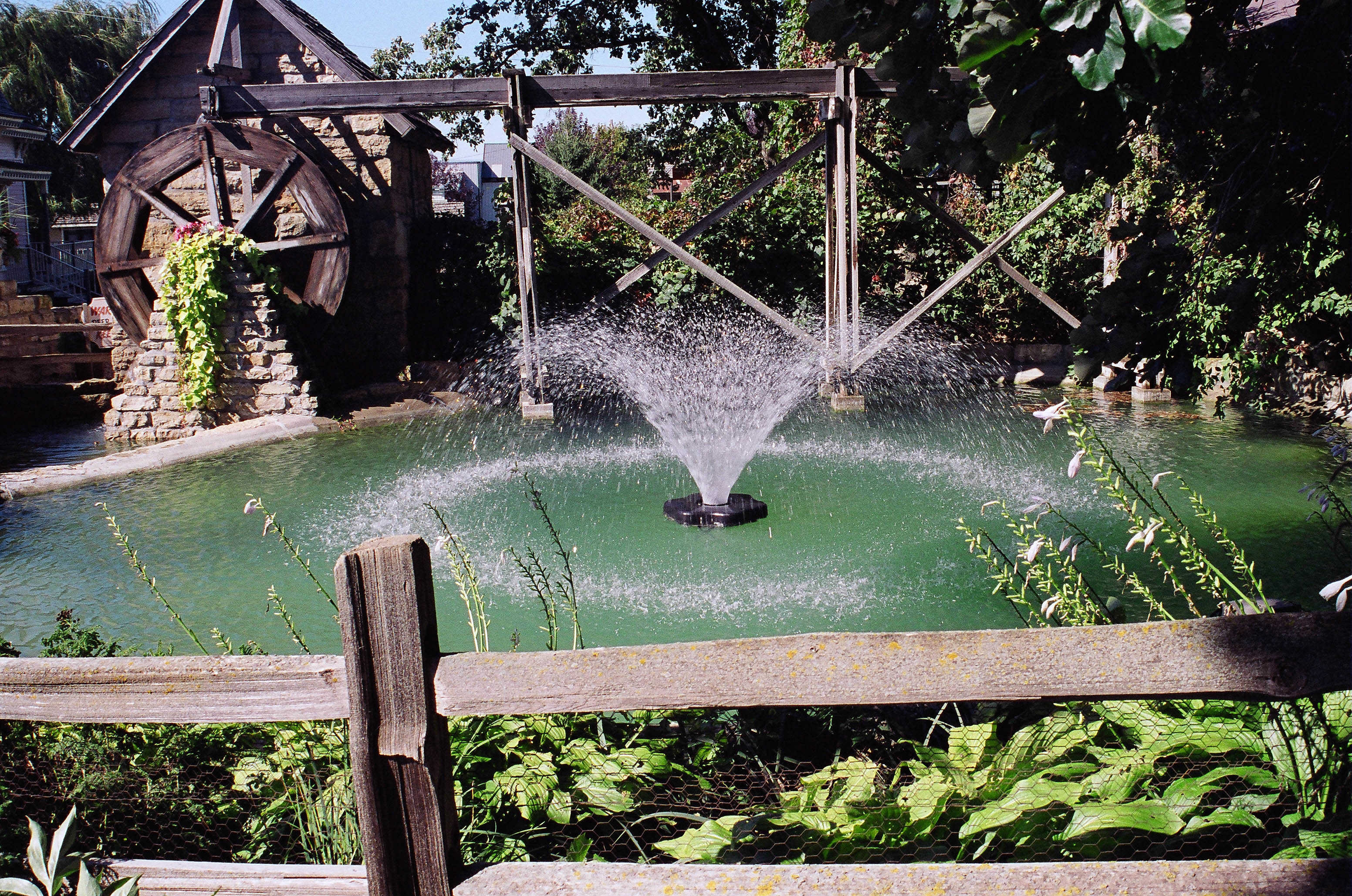 2400vfx Aerating Fountain 1 2hp Aerating Fountain