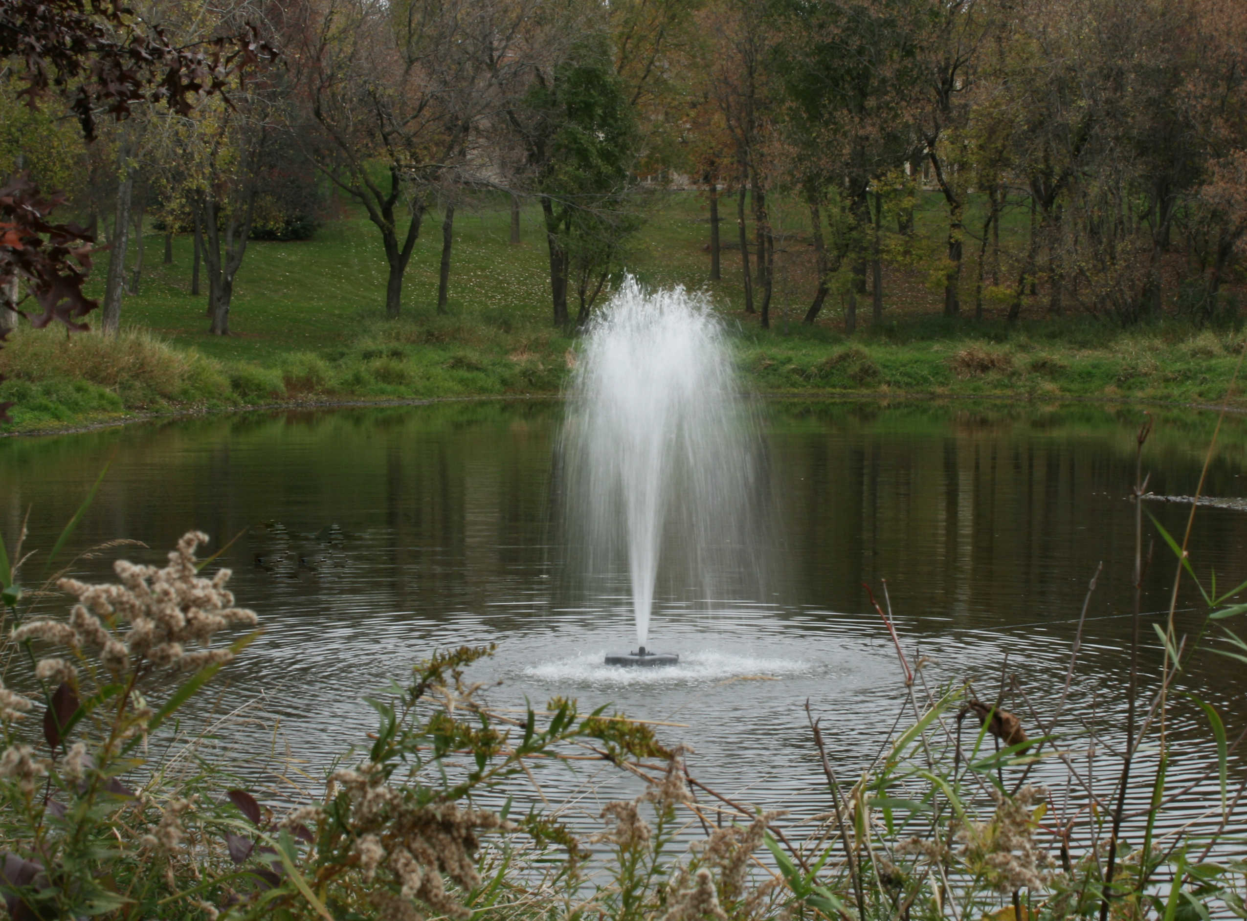 4400jf Series Decorative Fountain For Mid Size Ponds